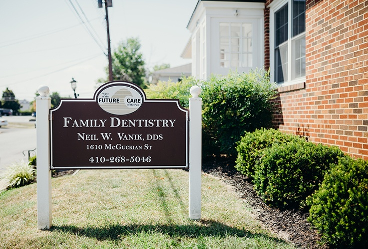 Neil W Vanik DDS family dental office sign